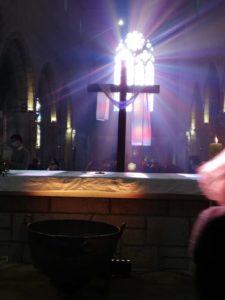 2021-04-08-Veillée pascale cuve baptismale